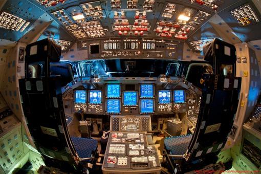 """Кабина шаттла """"Индевор"""" изнутри ;-) NASA"""