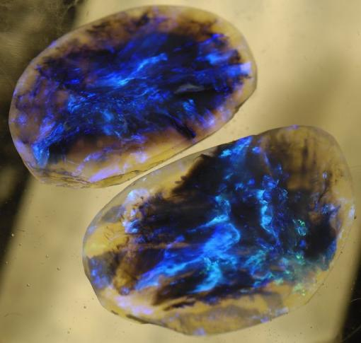 Чёрный опал (Lightning Ridge Black Opal)